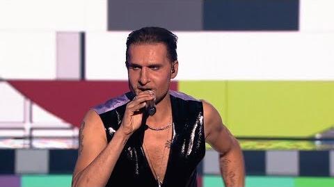 Robert Koszucki jako Dave Gahan Depeche Mode - Twoja Twarz Brzmi Znajomo