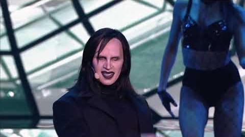 Stanisław Karpiel-Bułecka jako Marilyn Manson - Twoja Twarz Brzmi Znajomo