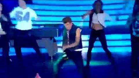 Twoja Twarz Brzmi Znajomo - Artur Chamski jako Justin Bieber