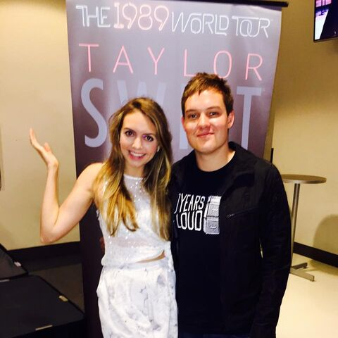 File:Olivia Somerlyn and tyDi out to see Taylor Swift.jpg