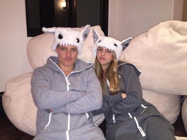 File:TyDi and Olivia Somerlyn wearing hats.jpg