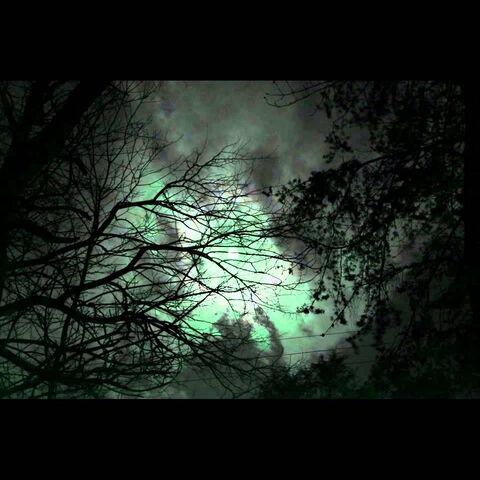 File:Creepy Green Light.jpg