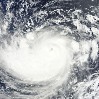 600px-Typhoon Ma-on 2011-07-15 0105Z