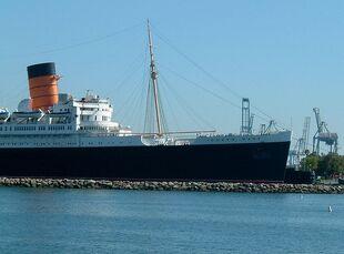 800px-Queen Mary Long Beach 2-1-