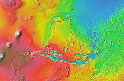 400px-Valles Marineris & outflow channels MOLA zoom 64