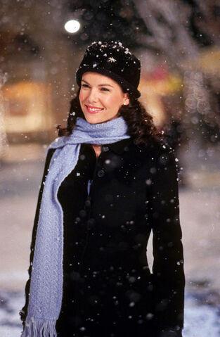 File:Gilmore-girls-love-war-snow-2.jpg