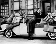 5a146c813318891ab663716bfcffa100--vintage-tv-vintage-cars