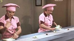 """""""I Love Lucy"""" Christmas Special - Newly Colorized """"Job Switching"""" Episode"""