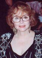 Piper Laurie 1990.jpg