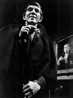Jonathan Frid Barnabas Collins Dark Shadows 1968
