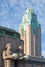 Helsinki Railway station towe&statues