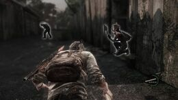 The player character is crouching, with his companion nearby. Enemies lurk in the distance, with a white outline alerting players of their location.