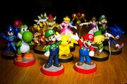 Amiibo figurines