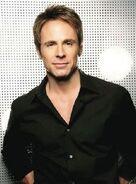 William deVry