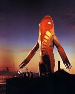 Alien Metron (U)