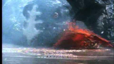 T-Rex attack (Tsuburaya) أولولو -الرجل الحديدي