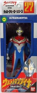 UHS-1997-Ultraman-Dyna-Flash-packaging