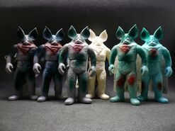 Alien Icarus toys
