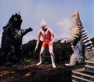 Ultraman vs Magular & Red King