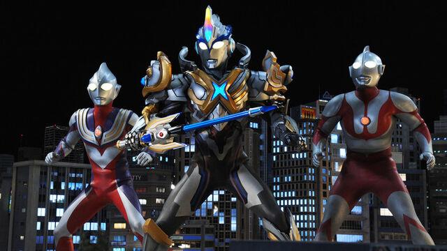 File:Ultraman, Tiga & X Exceed.jpg