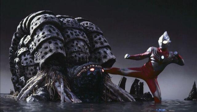File:Tiga Power Type vs Gathanozoa.jpg