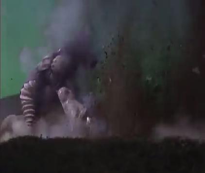 File:Alien Zamu Shockwave Fist.png