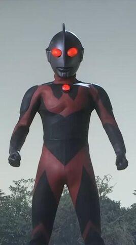 Berkas:Ultraman Dark full.jpg
