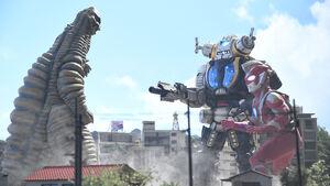 Ultraman Z & King Joe STORAGE Custom vs. Red King
