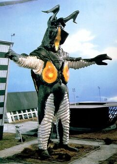 Zetton-Behind-The-Scenes