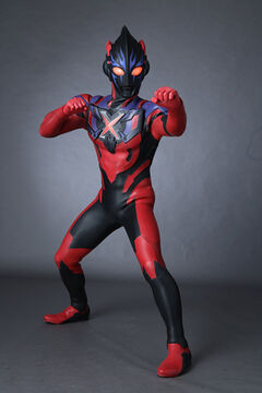 Ultraman X Darkness 3