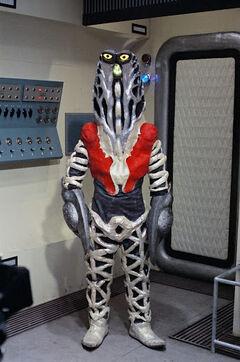 Alien Godola Showa