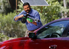 Billy Mays BEE BAZOOKA