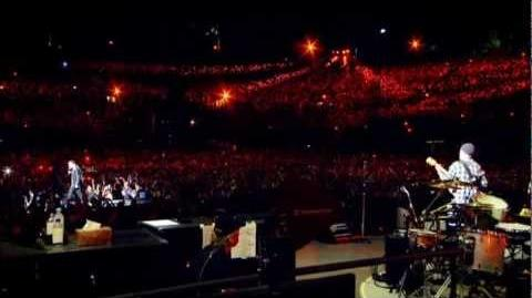 Stuck In A Moment You Can't Get Out Of - U2 - Live In Rose Bowl 360° HQ