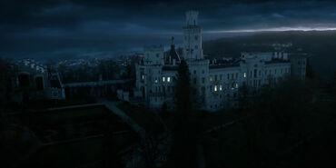 Blood Wars castle sky