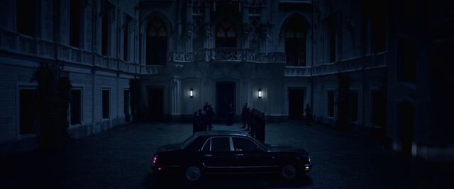 File:Blood Wars Castle entrance.jpg
