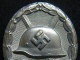 Insignia de Herido 1939 en Plata