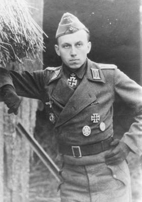 Archivo:Adamowitsch Felix Hauptmann2