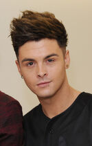 Jaymi+Hensley+Union+J+Performs+London+GC mf2Kwaf9l