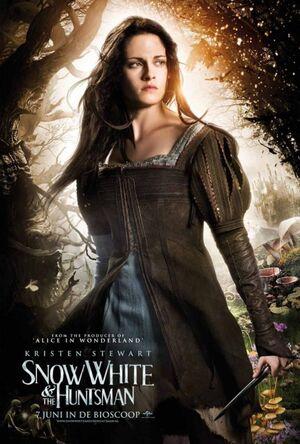 Snow-white-huntsman-uni07