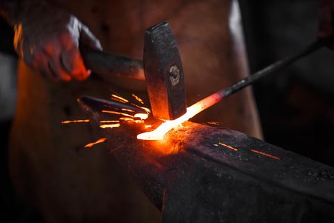 File:Metal-heated-for-forging.jpg
