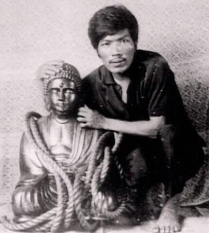 File:Ferdinand marcos gold buddha2 roger roxas.jpg
