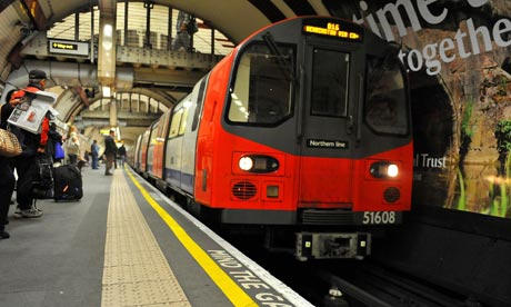 File:London tube train.jpg