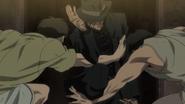 Hyou fighting against 2 men