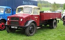 240px-Bedford O series truck in British Railways livery first reg January 1945 3519cc