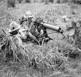 637px-Vickers machine-gun of the 1st Manchester Regiment