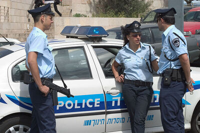 800px-Israel police officers