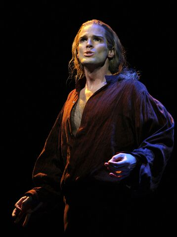 File:Hugh Panaro as lestat.jpg