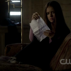 Elena receives Bonnie's message.