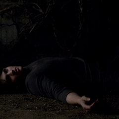 Jeremy killed by Silas