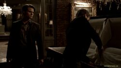 039-tvd-3x13-bringing-out-the-dead-theoriginalfamilycom